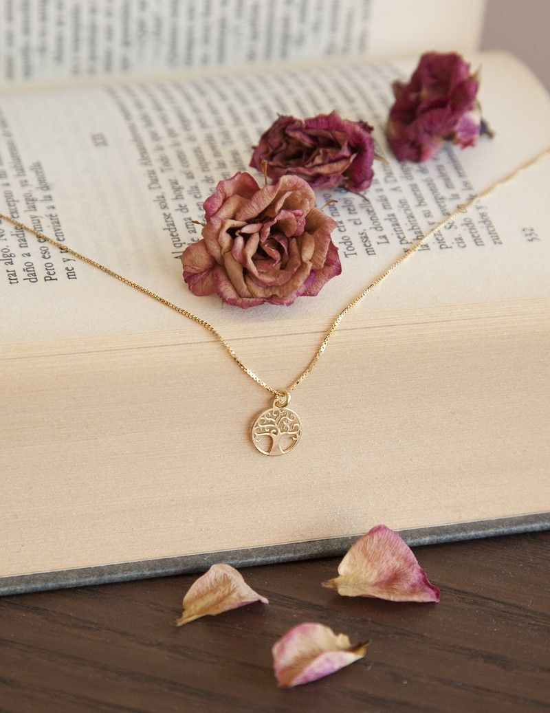 Tree of life medal necklace